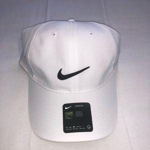 NWT Nike Dri-Fit Legacy Hat White
